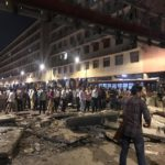मुंबई में बड़ा हादसा, सीएसटी रेलवे स्टेशन के पास गिरा फुटओवर ब्रिज