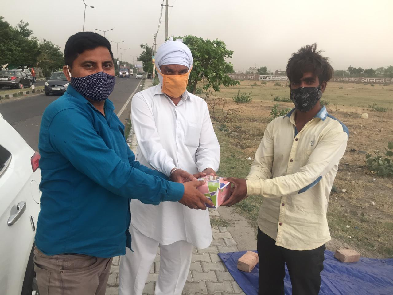 Dera sacha sauda helping in time of corona